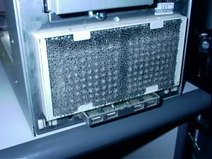 Which is the best way to clean dust in the guts of your PC?-photo8-6-10-02-5_52-pm.jpg