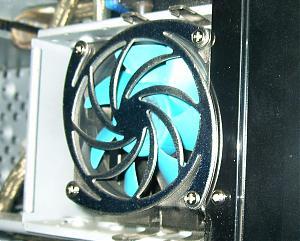 HDD cooling (56k warning!)-holesaw.jpg