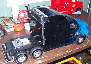 Intel Mack Truck Mod-black-blue-right.jpg