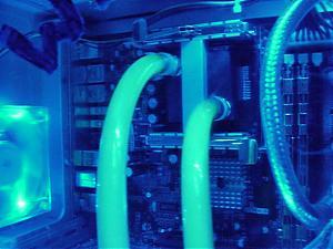 Liquid cooling-cool-green-2.jpg