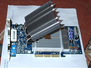 Top new air cooler!-shuttle-heatpipe-fx5900-cooler.jpg