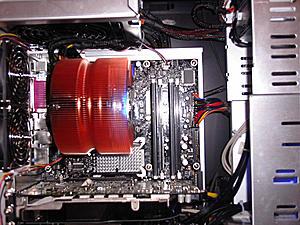 I got my new Zalman CPNS9700 Cooler now!-zalman-installed.jpg