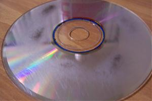Got a CD that is scratched?!?!-100_2244.jpg