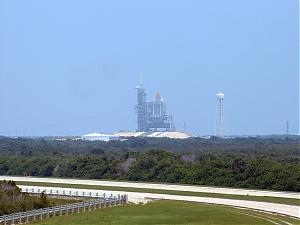 Kennedy Space Center-shuttle-on-launch-pad.jpg