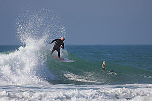 Surfs up!-surfer_04.jpg
