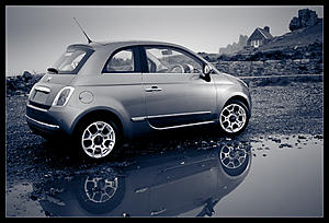 Couple of car photos in the snow-fiat_500.jpg