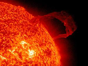 Cool Images of our Sun!-solar-flare-red.jpg