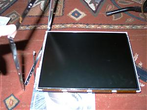 Home made projector!-04-monitor-out-of-frame.jpg