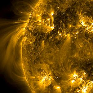 Cool Images of our Sun!-long-distance-connection.jpg