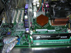 8RDA3+ BSODing before windows bootup screen....-closeup-medium-.jpg.JPG Views:83 Size:109.2 KB ID:6724